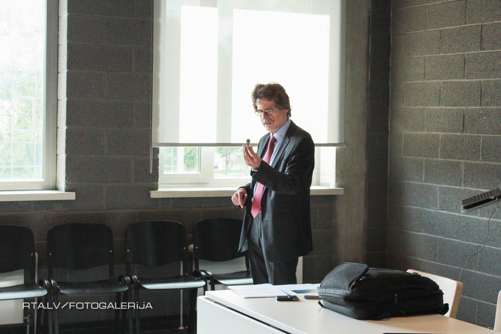 TRUMPF pārstāvis Uwe Hoeßelbarth